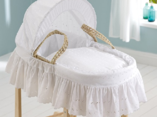 Broderie Anglaise Moses Basket